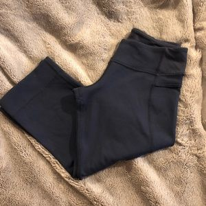 Lululemon Cropped Navy Leggings